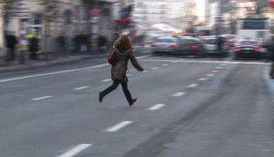 Zeci de pietoni care au traversat neregulamentar strada au fost amendați de poliție!