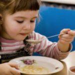 Foto: Părinții vor avea posibilitatea să verifice felul în care sunt alimentați copiii în grădinițe!