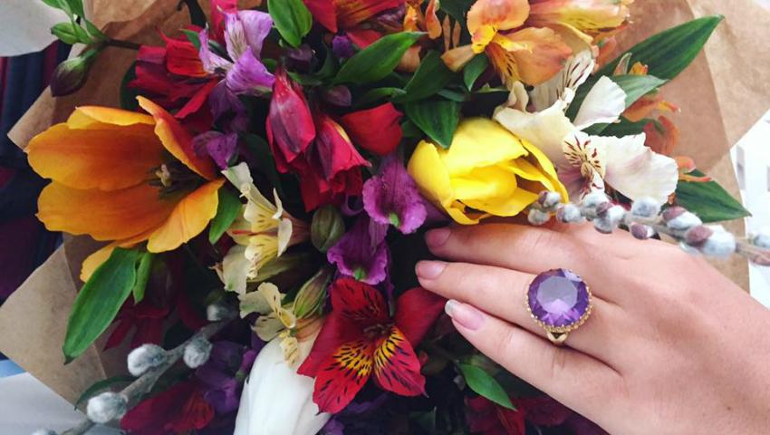 Foto: De Ziua Femeii, a fost cerută în căsătorie! Vezi cine este norocoasa