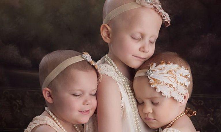 s-au-pozat-asa-acum-3-ani-cand-erau-bolnave-de-cancer-proaspat-vindecate-au-refacut-pictorialul-cum-arata_1_size19