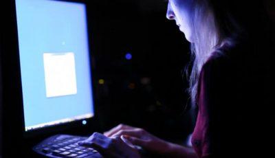 """""""La Strada"""" spulberă şapte mituri despre siguranţa copiilor pe Internet!"""