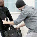 Foto: Atenţie la tâlhăriile de sezon! Minori reţinuţi în flagrant de martori şi poliţie!