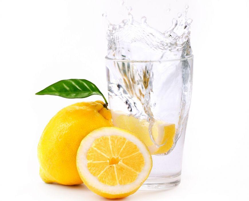 apa cu lamie