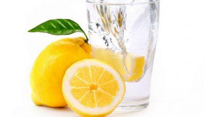 10 beneficii pe care le poți obține dacă bei în fiecare dimineață apă cu lămâie