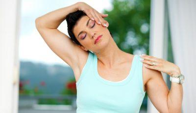 Exerciţii eficiente pentru ameliorarea durerilor de ceafă
