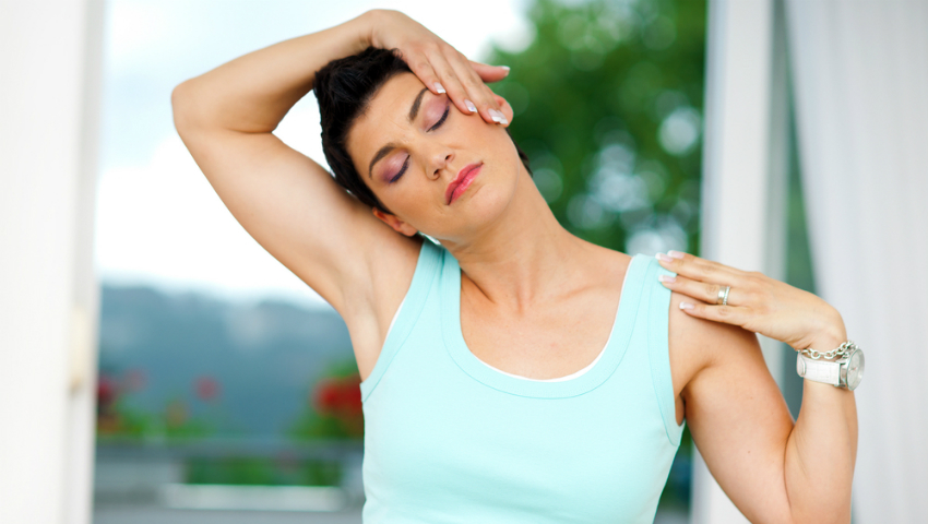 Foto: Exerciţii eficiente pentru ameliorarea durerilor de ceafă