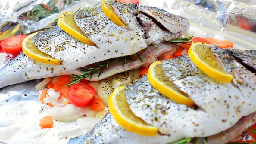Foto: Buna Vestire în zi de vineri. Avem sau nu dezlegare la pește?