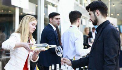 1000 de invitați s-au delectat cu vinuri selecte la Vernisaj în Vals de Primăvară!