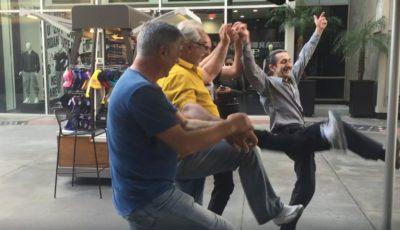 4 moldoveni au încins o horă la Hollywood!