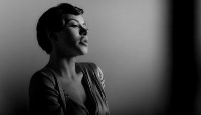 """Nicoleta Nucă, senzuală în videoclipul la piesa """"Insula"""""""
