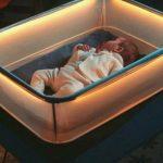 Foto: Pătuțul inteligent inspirat de mașini, invenția care facilitează adormitul bebelușului!