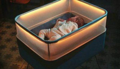 Pătuțul inteligent inspirat de mașini, invenția care facilitează adormitul bebelușului!