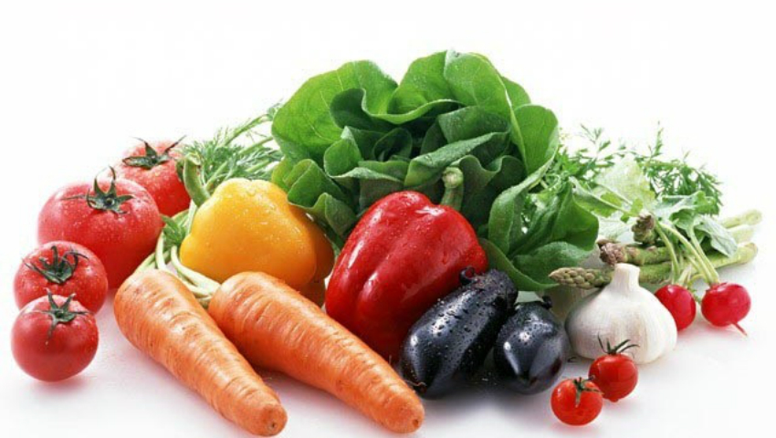 Foto: Nu mai consumaţi aceste legume crude în exces! Pot deveni toxice