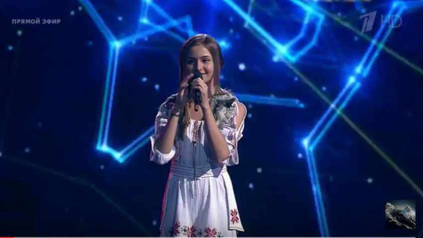 """Video! Iuliana Beregoi a interpretat o piesă în limba română la ,,Golos Deti"""" din Rusia"""