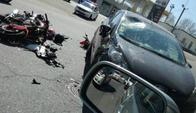Accident grav în sectorul Botanica. O motociletă a fost făcută praf!