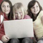Foto: Atenție, părinți! Un nou joc periculos pe rețelele de socializare din Rusia