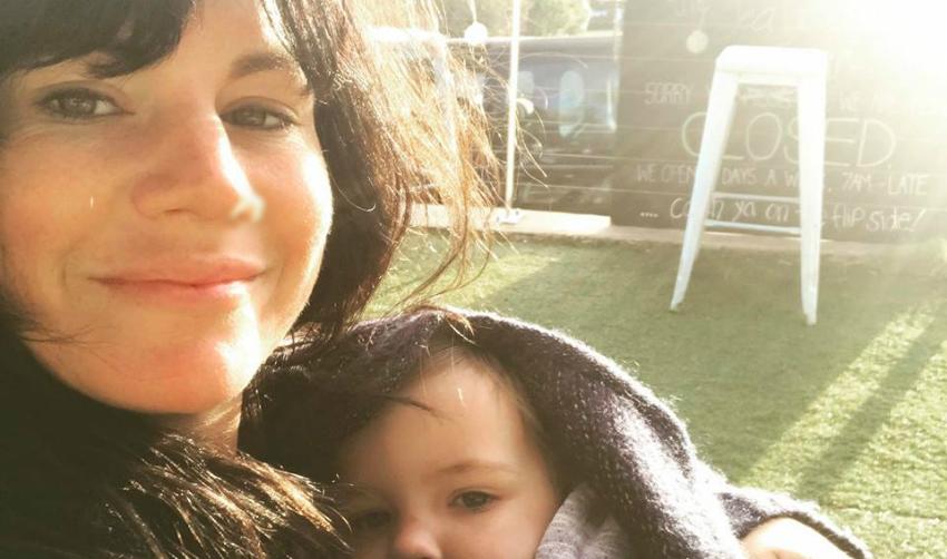 Foto: O mamă a povestit cum face sex de când a devenit părinte