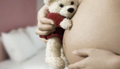 O copilă din Nisporeni va deveni mamă la doar 15 ani. Cum s-a întâmplat totul?