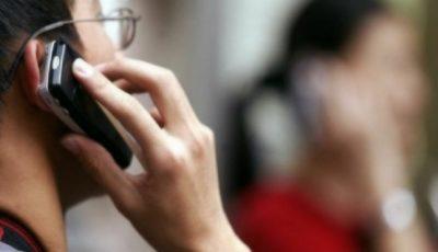 Un bărbat va primi despăgubiri materiale, după ce a dezvoltat o tumoare cerebrală cauzată de utilizarea excesivă a telefonului mobil!