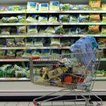 Foto: Alarmant! Peste 70 de aditivi toxici, interziși în alte țări, încă se regăsesc în produsele din magazinele noastre
