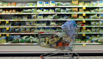 Alarmant! Peste 70 de aditivi toxici, interziși în alte țări, încă se regăsesc în produsele din magazinele noastre