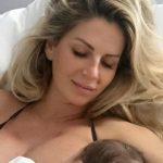 Foto: Andreea Bănică a dezvăluit detalii despre nașterea fiului ei! De ce a ales să nască prin cezariană?