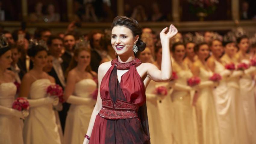 Foto: Valentina Naforniță, declarată artista săptămânii în afara țării!