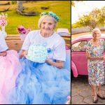 Foto: Două surori gemene au împlinit 100 de ani! Vezi poze de la ședința foto specială