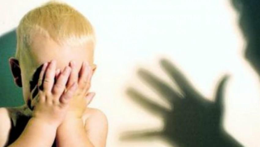 Foto: Un moldovean stabilit în Franța are probleme mari cu legea după ce și-ar fi lovit copilul!