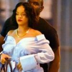 Foto: Rihanna, de nerecunoscut! Artista s-a îngrășat ori este însărcinată?!