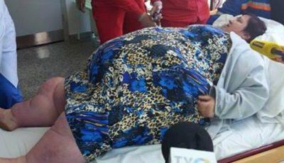 O femeie din Șoldănești cu greutatea de 320 kg a avut nevoie de intervenția unui echipaj SMURD pentru a fi transportată la spital!