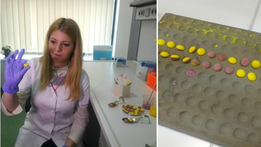 Foto: Drajeuri din pudră de turmeric şi afine, cu efect anticancerigen, inventate de o studentă