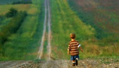 Un copil în vârstă de doi ani din Florești este căutat de două zile de părinți și poliție