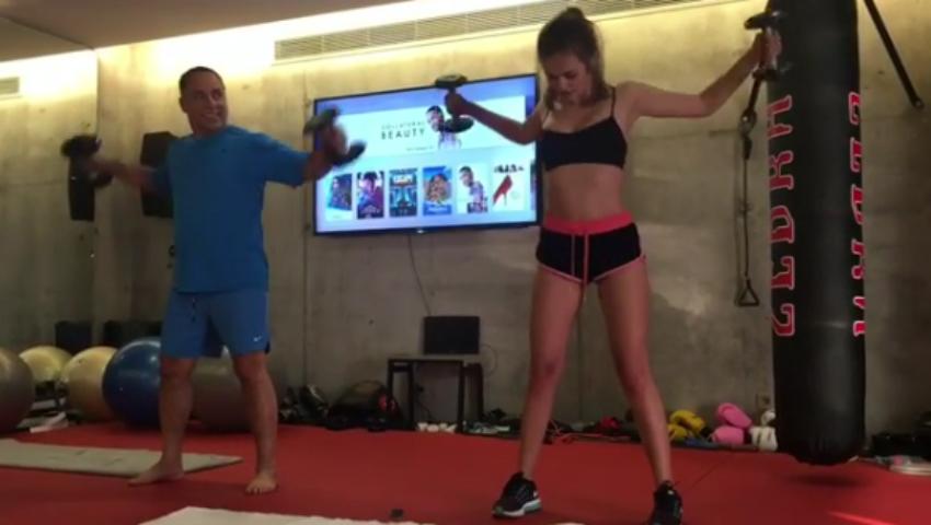 Foto: Xenia Deli face sport împreună cu soțul. Vezi cum arată un antrenament!