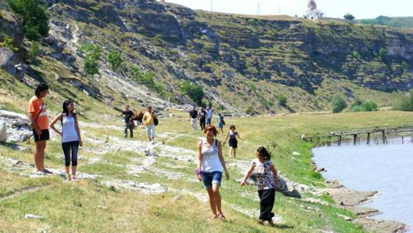 Foto: A crescut fluxul de turiști străini în Moldova