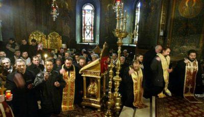 Creştinii ortodocşi îl prăznuiesc pe Sfântul Nicolae