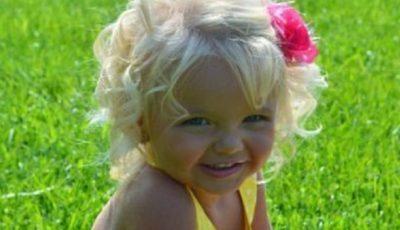 Ce i s-a întâmplat acestei fetițe, care este model de la 2 anișori