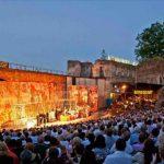 Foto: Pasionații de muzică clasică sunt invitați la Festivalul DescOPERĂ