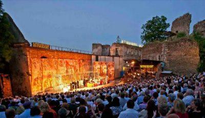 Pasionații de muzică clasică sunt invitați la Festivalul DescOPERĂ