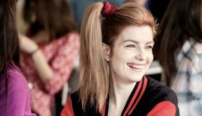 Marianei Mihăilă îi este dor de anii de școală. Vezi noul ei videoclip în care apare și Anatol Melnic!