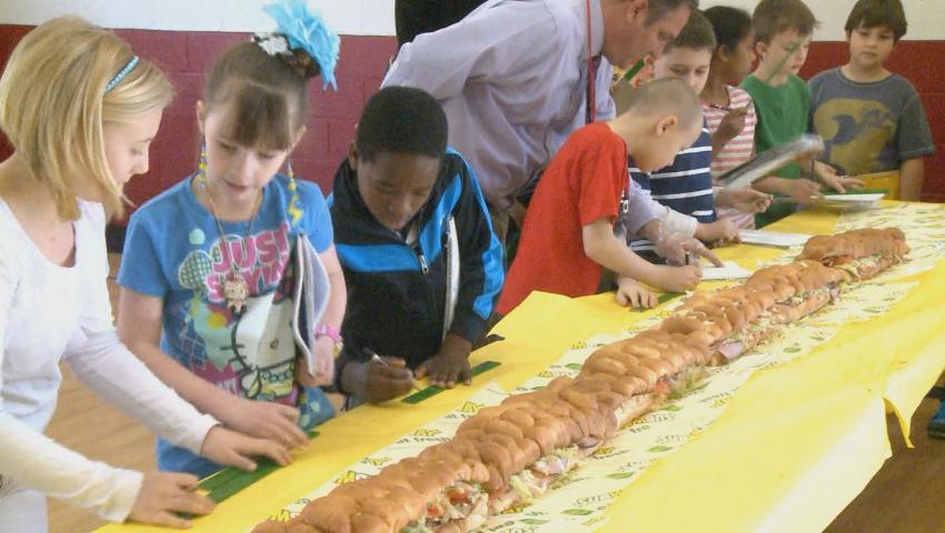 Foto: Premieră pentru Moldova. La Moldexpo se va găti un sandwich de 50 de metri