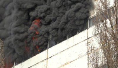 Osăminte de om descoperite în clădirea care a ars în toamnă la Ciocana