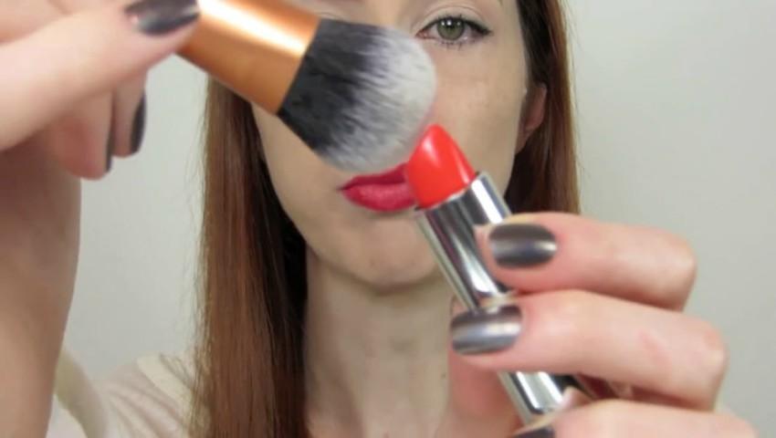 Foto: 5 trucuri de make-up pentru fetele care-și doresc să arate mereu frumoase și naturale