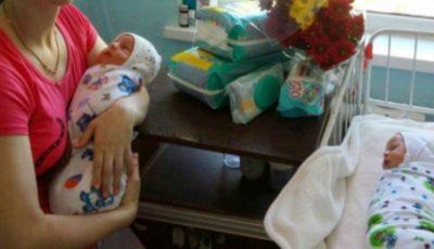 O femeie din Ceadîr-Lunga a născut gemeni cu greutatea de peste 3 kg fiecare!