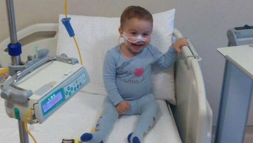 Foto: Emil suferă de o afecțiune pulmonară rară și are nevoie de ajutor!