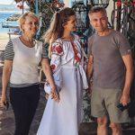 Foto: Cristina Gheiceanu și părinții ei, în vacanță pe Insula Sardinia