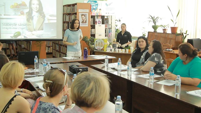 Foto: Galina Tomaș a dat startul Turneului de vară al Seminarelor de nutriție în toată Țara