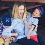 Foto: Olga Manciu și gemenii săi, într-o ședință foto emoționantă