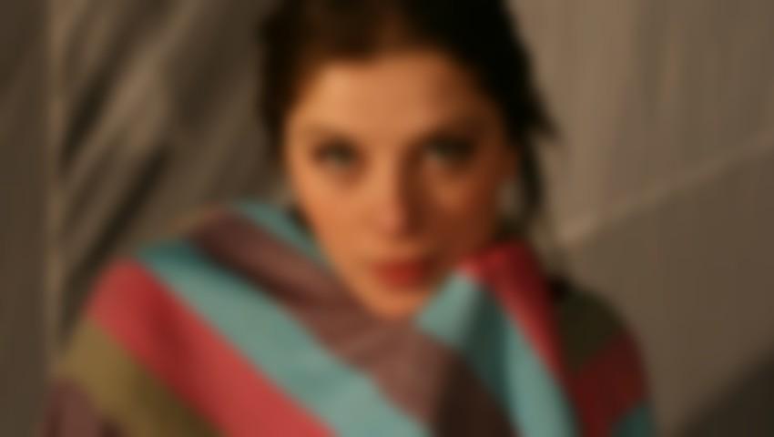 Foto: O actriță de la noi a recunoscut că a fost bătută de soțul său