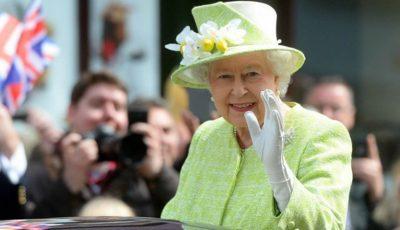 Cât costă oja Reginei Elisabeta? O folosește de 28 de ani